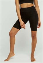 Fair trade cykelshorts og yoga-shorts fra People Tree